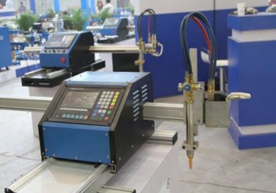 Taglierina CNC sia in lamiera che in metallo, sia con taglio al plasma che con cannello da taglio ossitaglio